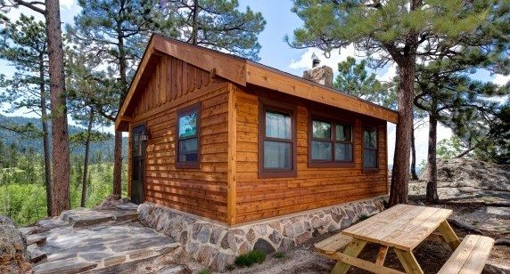 Sylvan Lake Lodge: Cabins Renovated