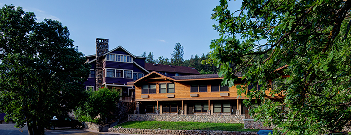 State Game Lodge Hotel